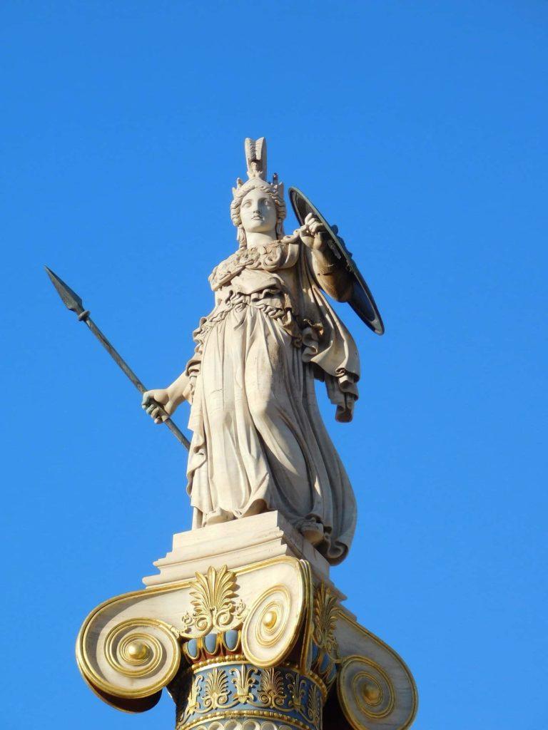 Estatua de la diosa Atenea
